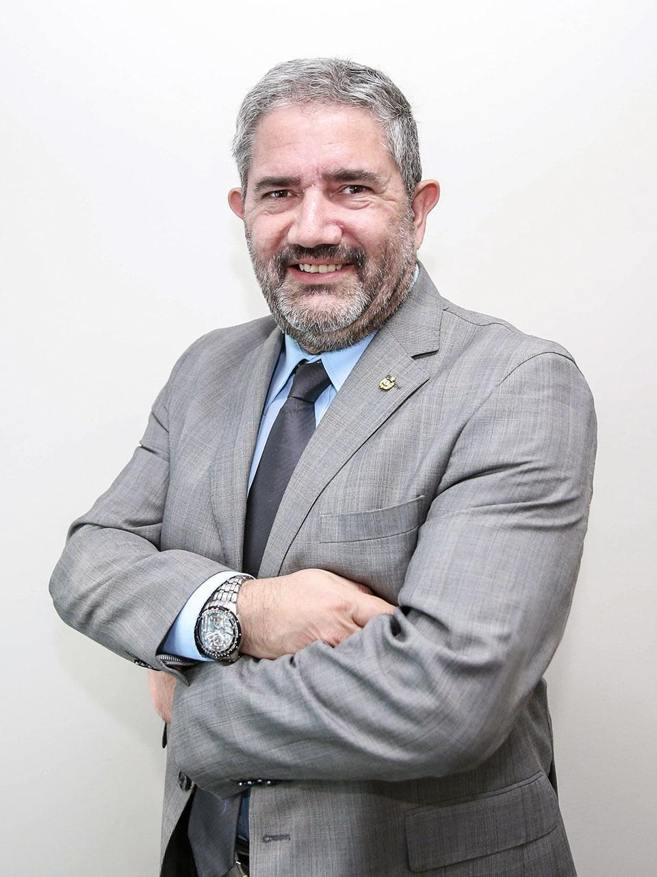 Gustavo Fariña